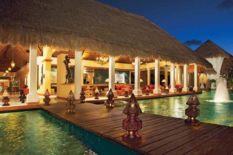 Now Sapphire Riviera Cancun - Lobby <br/>Image from Leonardo