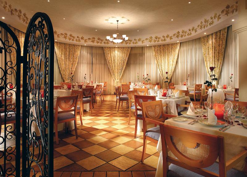 Now Sapphire Riviera Cancun - Cibu Restaurant <br/>Image from Leonardo