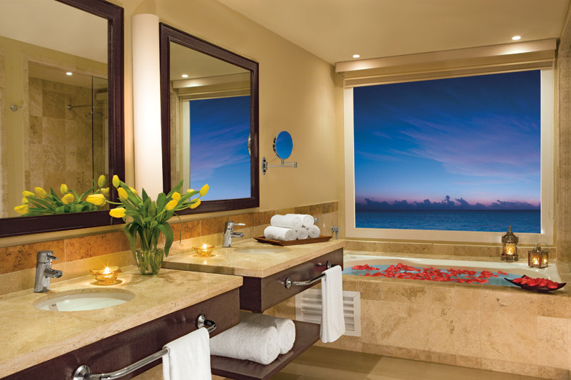 Now Jade Riviera Cancun - Bathroom <br/>Image from Leonardo