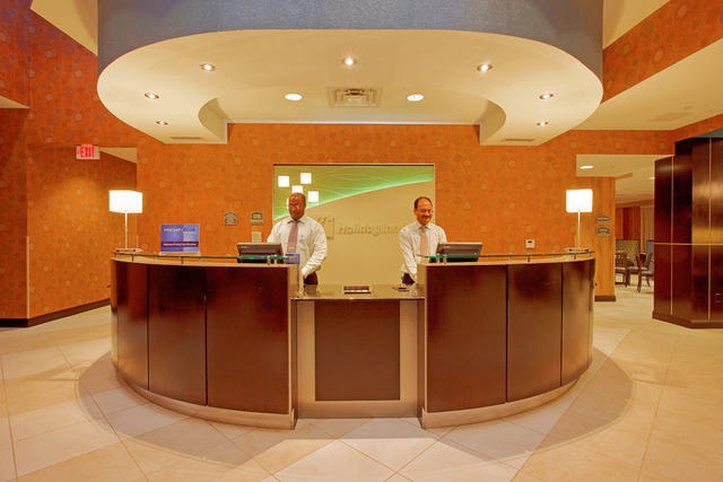 Holiday Inn Fort Worth North-Fossil Creek-Front Desk<br/>Image from Leonardo