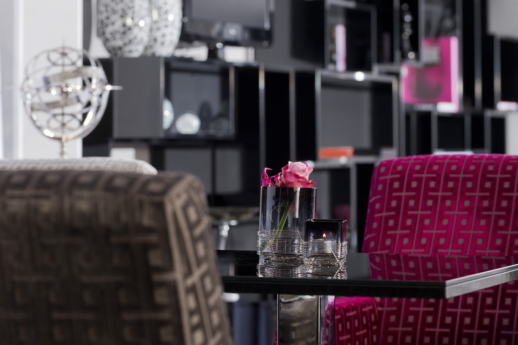 Hotel Palace Berlin - Club Lounge Detail <br/>Image from Leonardo