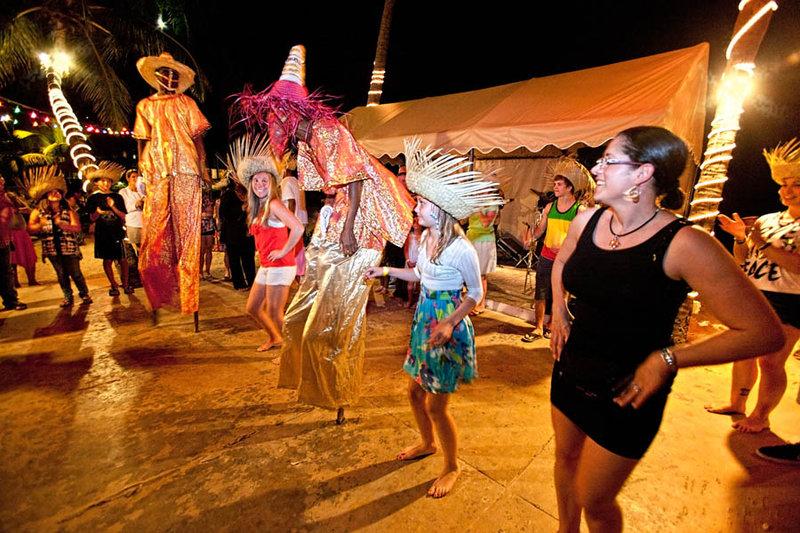 Bolongo Bay Beach Resort-Live Entertainment<br/>Image from Leonardo