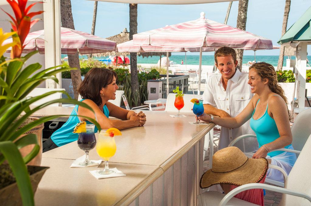 Sandcastle Resort at Lido Beach-Pool Bar<br/>Image from Leonardo