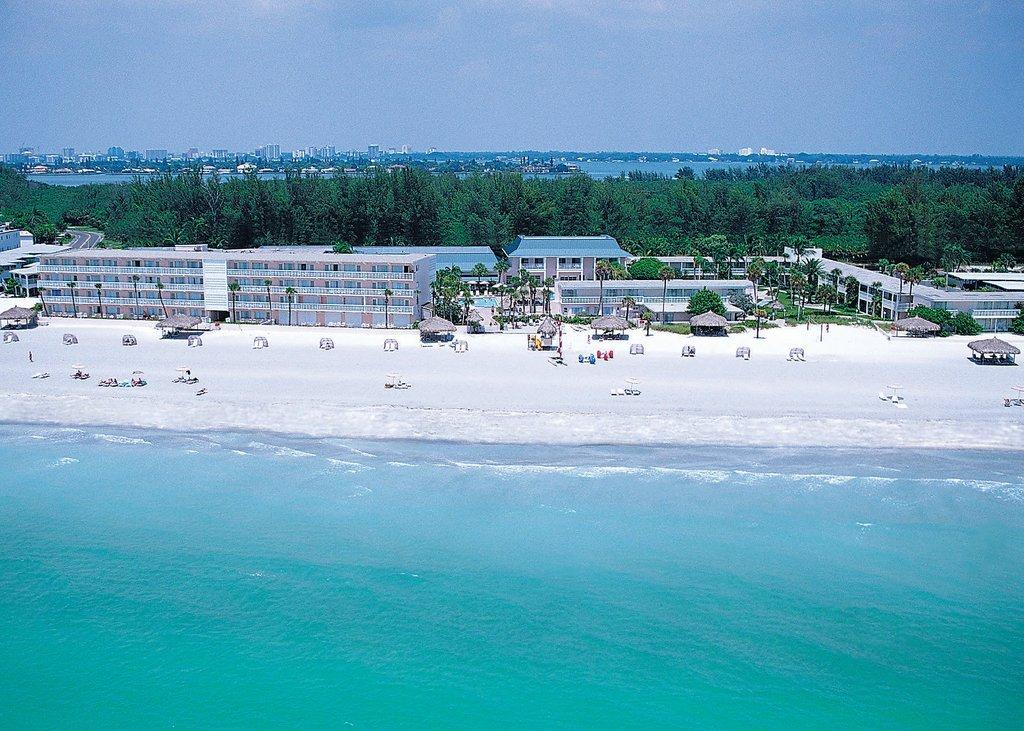 Sandcastle Resort at Lido Beach-The Helmsley Sandcastle Hotel<br/>Image from Leonardo