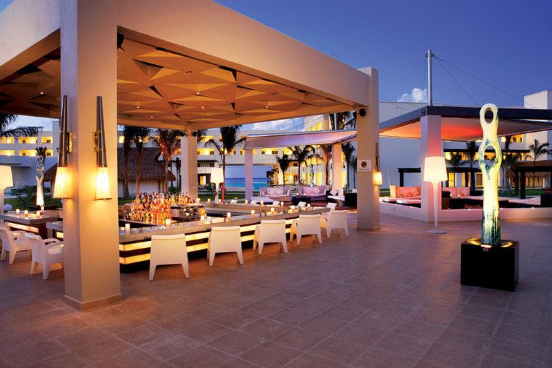 Secrets Silversands Riviera Cancun - Veranda Bar <br/>Image from Leonardo