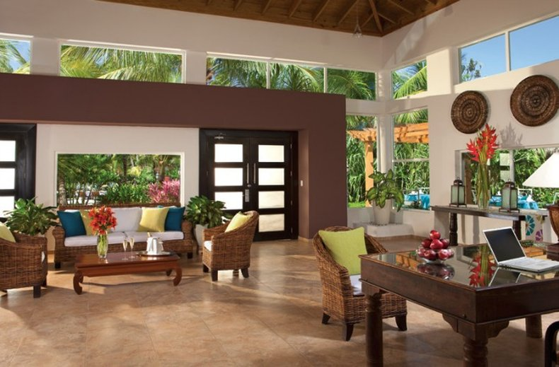 Dreams Punta Cana - Preferred Club Lounge <br/>Image from Leonardo