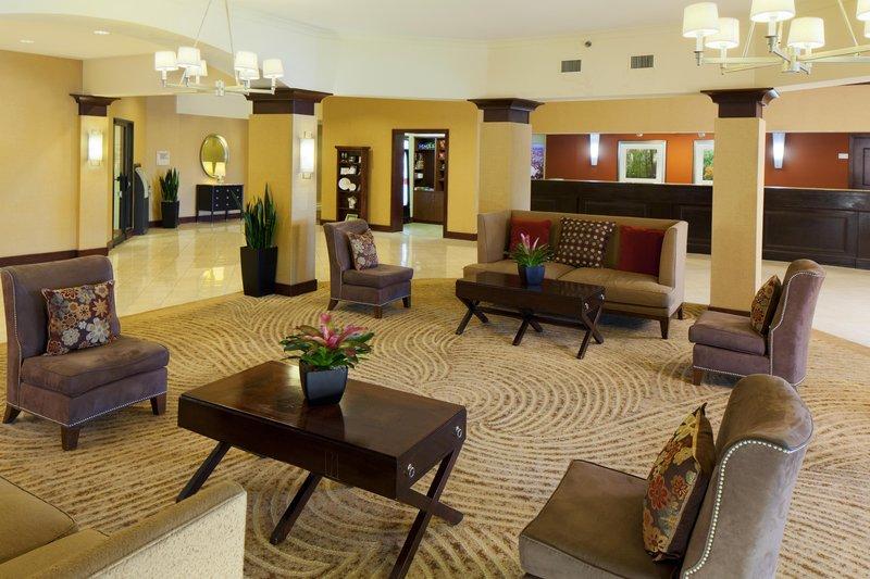 DoubleTree by Hilton Syracuse-Hotel Lobby<br/>Image from Leonardo