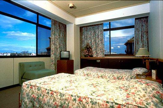 Hotel Mundial - Guest Room <br/>Image from Leonardo