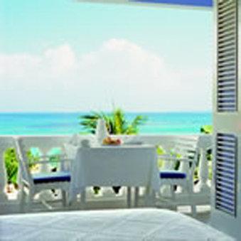 Jamaica Inn Hotel-Superior Balcony Suite<br/>Image from Leonardo