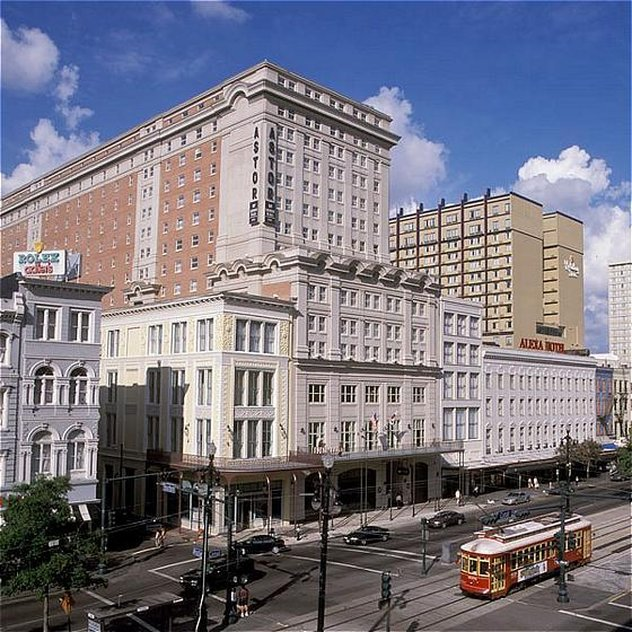 Astor Crowne Plaza French Quarter - Astor Crowne Plaza - Canal Street View <br/>Image from Leonardo