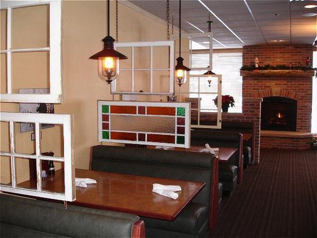 Holiday Inn Steamboat Springs-Restaurant-Rex's American Grill and Bar<br/>Image from Leonardo
