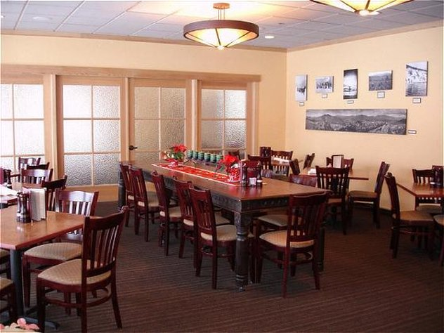 Holiday Inn Steamboat Springs-Restaurant Rex's American Bar and Grill<br/>Image from Leonardo