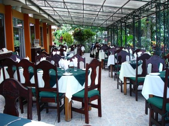 Nayara Resort Spa and Gardens-Las Palmas Restaurant<br/>Image from Leonardo