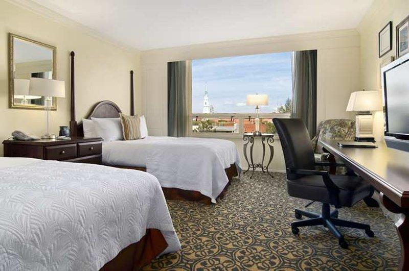 Hilton Savannah Desoto-Savannah Hilton Double Room<br/>Image from Leonardo