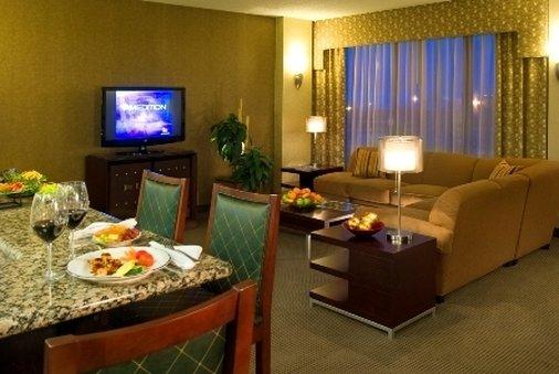 Crowne Plaza Indianapolis - Airport-Club Floor Lounge<br/>Image from Leonardo