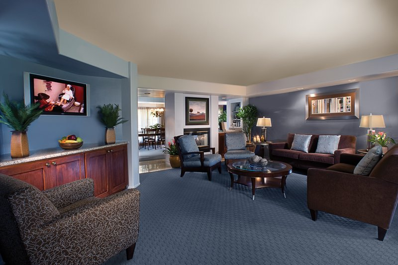 Pointe Hilton Squaw Peak Resort - The Grande Suite <br/>Image from Leonardo