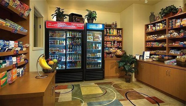 Candlewood Suites Portland Airport-Candlewood Cupboard<br/>Image from Leonardo