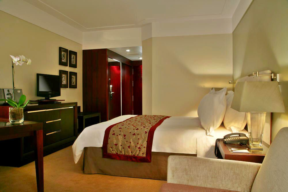 Crowne Plaza Porto-Tiara Park Atlantic Porto - Deluxe Room<br/>Image from Leonardo