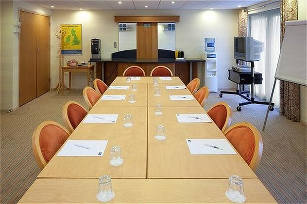 Holiday Inn Express Peterborough-Meeting Room<br/>Image from Leonardo