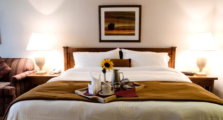 Crowne Plaza Kitchener - Waterloo-Guest Room<br/>Image from Leonardo