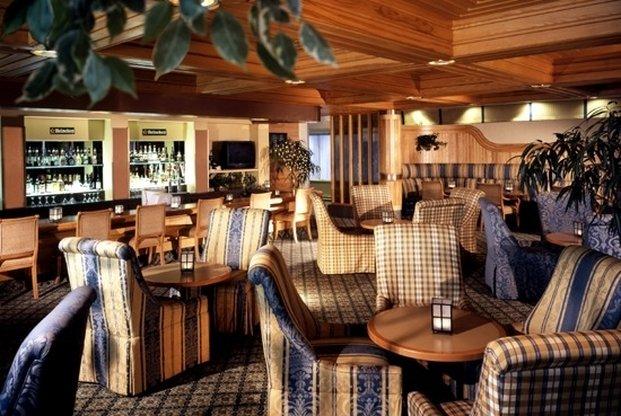 Crowne Plaza Kitchener - Waterloo-Bar/Lounge<br/>Image from Leonardo