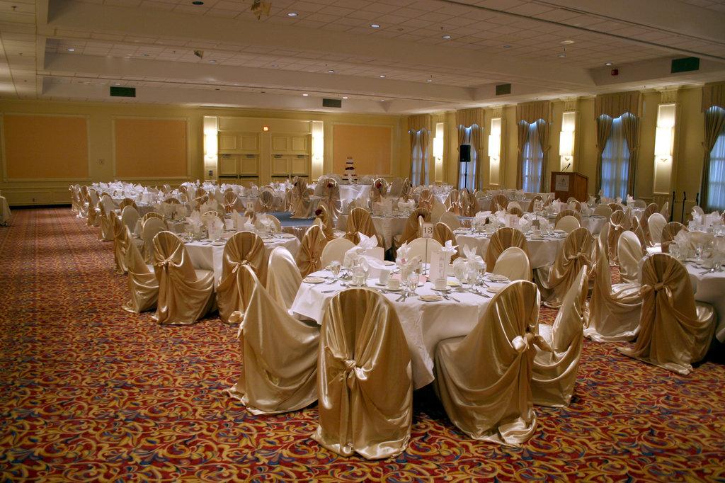 Crowne Plaza Kitchener - Waterloo-Ballroom<br/>Image from Leonardo