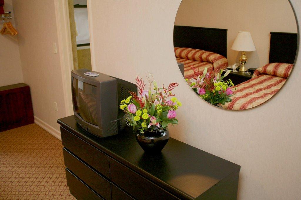 Radio City Apartments-Guest Room<br/>Image from Leonardo