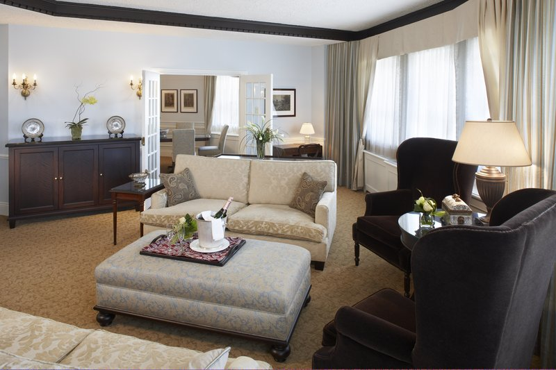 Fairmont Le Chateau Frontenac - Van horne Executive Suite <br/>Image from Leonardo