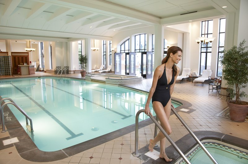 Fairmont Le Chateau Frontenac - Indoor Pool <br/>Image from Leonardo