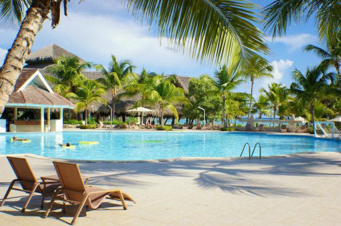Occidental Punta Cana - Swimm Pool <br/>Image from Leonardo