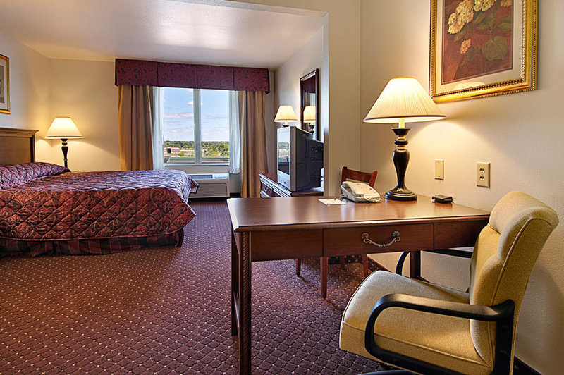 Holiday Inn Express Syracuse-Fairgrounds-King<br/>Image from Leonardo