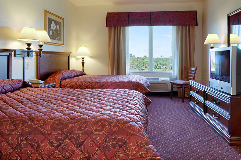 Holiday Inn Express Syracuse-Fairgrounds-Double<br/>Image from Leonardo