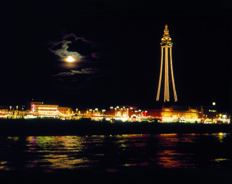 Imperial Hotel Blackpool-Illuminations<br/>Image from Leonardo