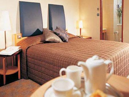 Jurys Inn Oxford-Guest Room<br/>Image from Leonardo