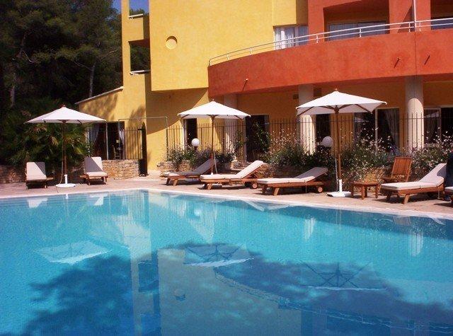 Novotel Antibes Sophia Antipolis-Pool<br/>Image from Leonardo