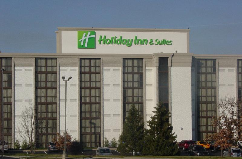 Holiday Inn Hotel & Suites Cincinnati-Eastgate (I-275e)-Exterior<br/>Image from Leonardo