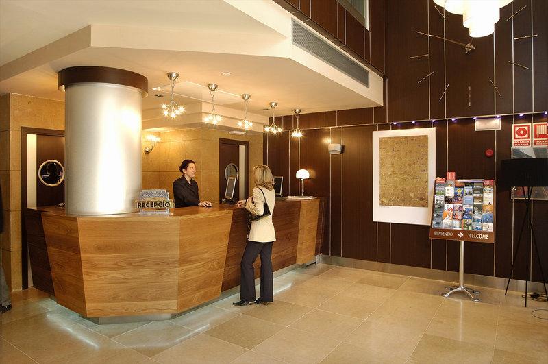 Evenia Rocafort-Reception<br/>Image from Leonardo