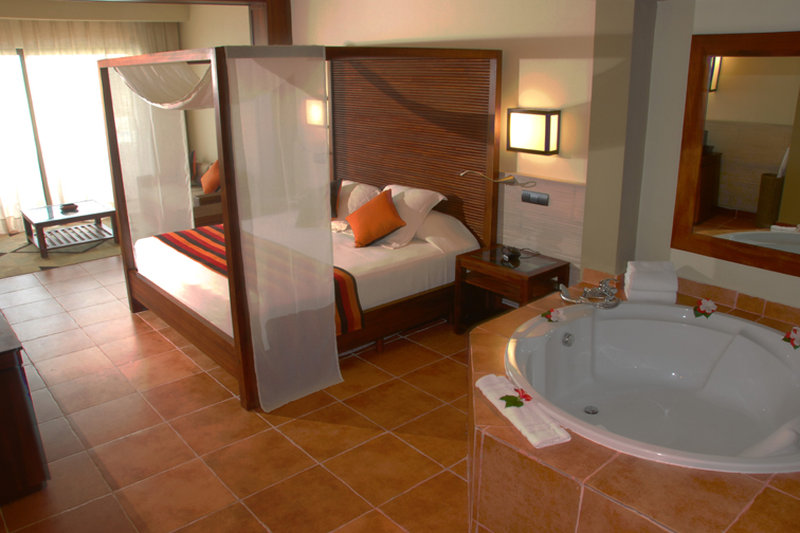 Be Live Collection Punta Cana   - Adults Only - Junior Suite Deluxe Room <br/>Image from Leonardo