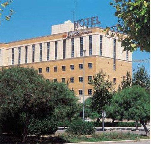 Holiday Inn Express Valencia Ciudad las Ciencias-Hotel<br/>Image from Leonardo