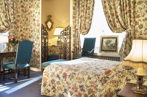 Chateau D'Artigny-Executive Superior Room<br/>Image from Leonardo