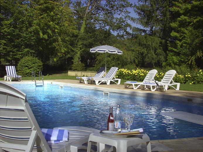 Chateau D'Artigny-Outdoor Pool<br/>Image from Leonardo