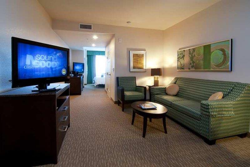 Hilton Garden Inn San Bernardino-Suite<br/>Image from Leonardo