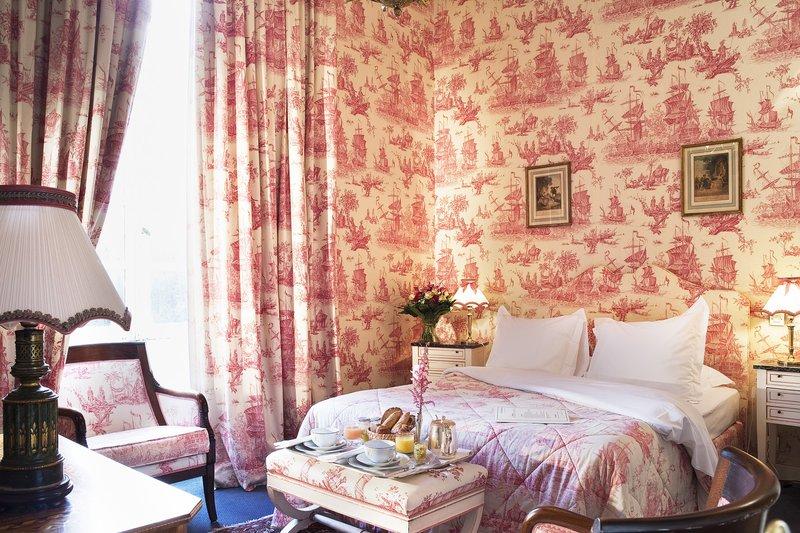 Chateau D'Artigny-Tradition room<br/>Image from Leonardo