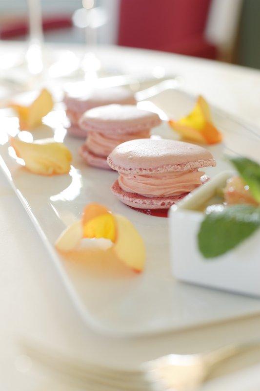 Chateau D'Artigny-Dessert<br/>Image from Leonardo