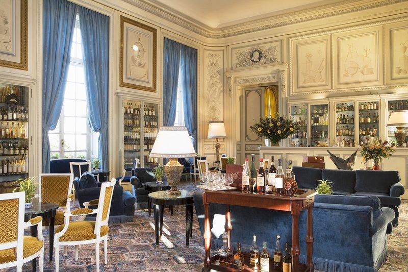 Chateau D'Artigny-Bar<br/>Image from Leonardo