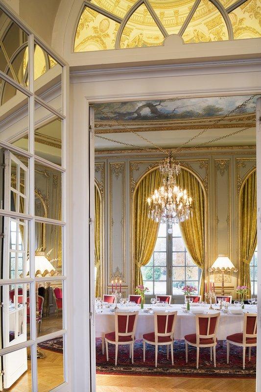 Chateau D'Artigny-Meeting Room Royal<br/>Image from Leonardo