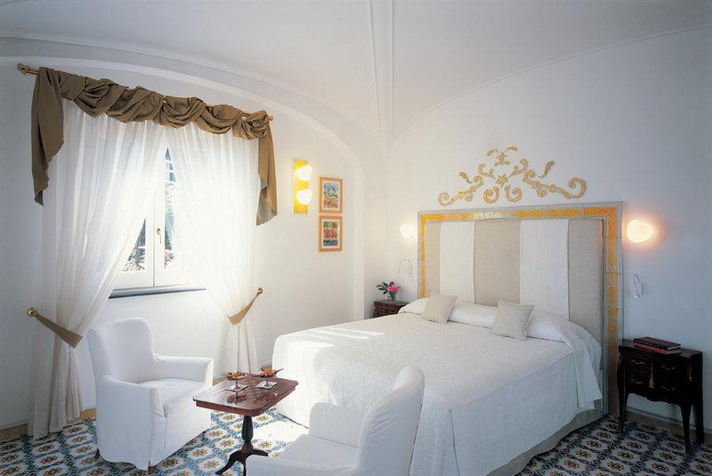 Santa Caterina Hotel-Deluxe Double Room<br/>Image from Leonardo