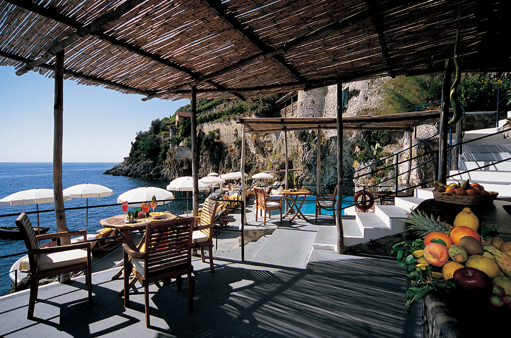 Santa Caterina Hotel-Pool Bar<br/>Image from Leonardo