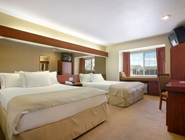 Holiday Inn Rushmore Plaza-Standard Two Queen Bed Room<br/>Image from Leonardo