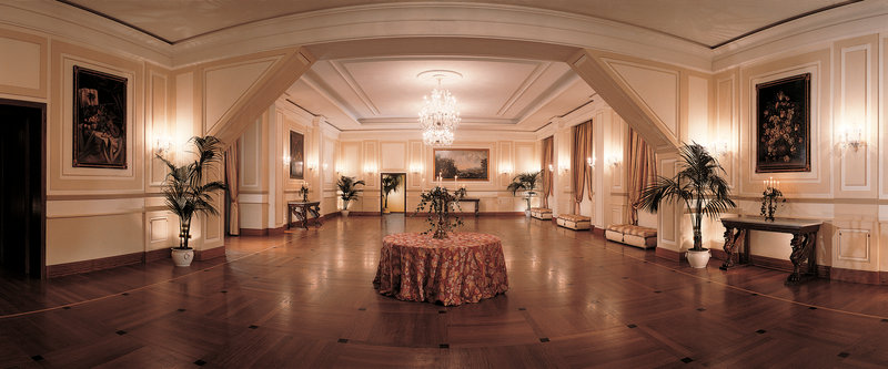 Grand Hotel Vesuvio-Scarlatti Ballroom<br/>Image from Leonardo